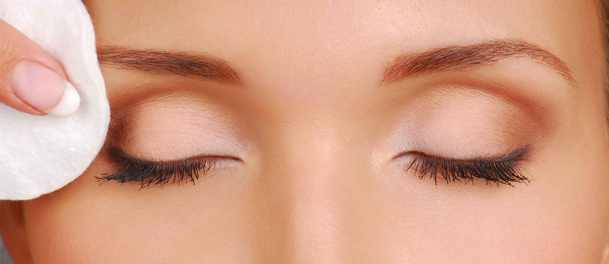 How To Remove Eye Make Up Safely Humanitas